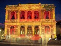 Chartres Light Show - Italian Theatre