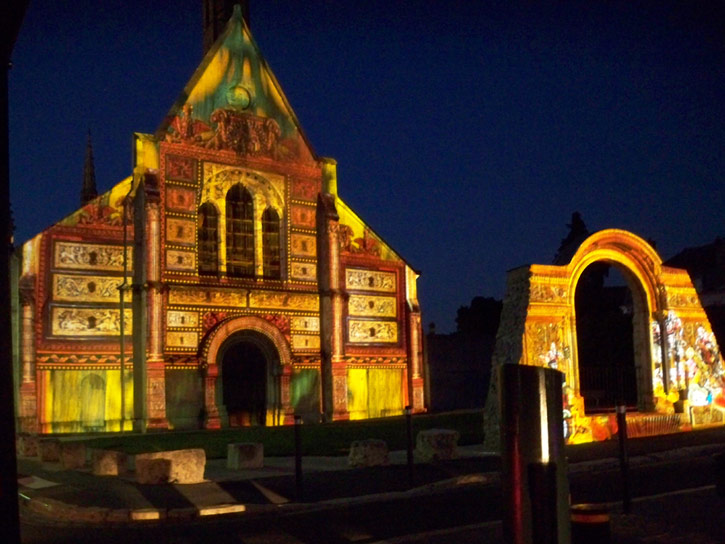 Chartres Light Show - Chapelle of Sainte Foy