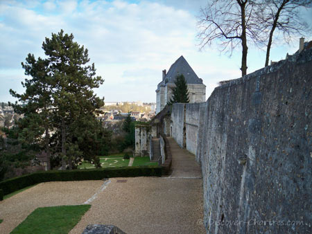 The retaining wall of Bishop's Palace Garde