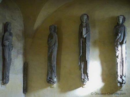 The jamb statues of Royal Portal
