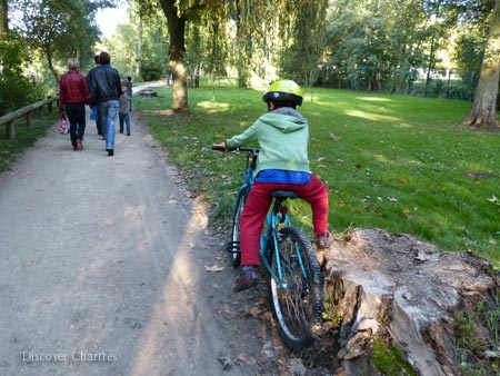 Bike Tour to Eure Riverbank