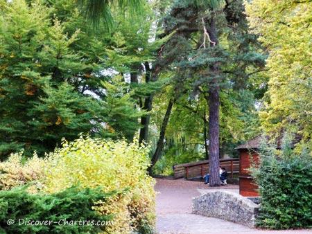 Autumn in Bords de L'Eure Park, Chartres