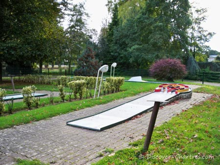 Mini Golf at Bords de L'Eure Park