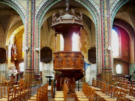 Saint Aignan, Chartres - the side podium