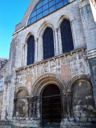 St. Andrew Collegiate, Chartres - the Roman portal