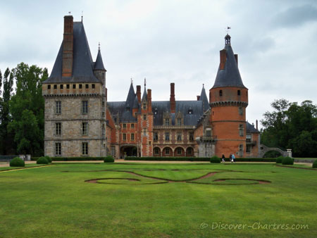 Maintenoncastle and the french garden