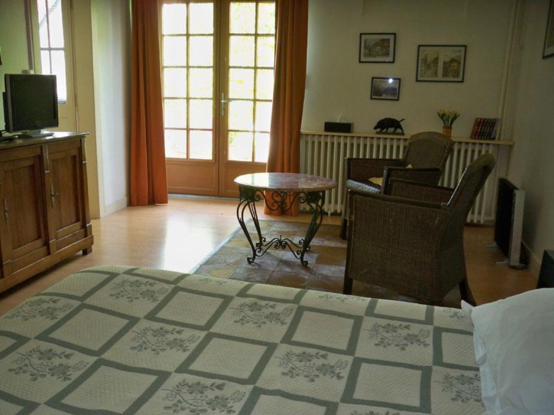Doradoux Bed and Breakfast - Room in the ground floor