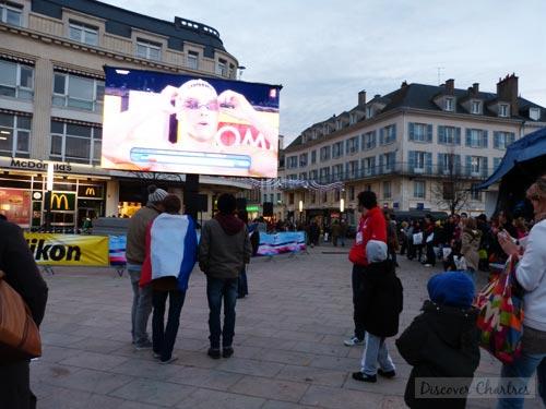 Watching ECSC 2012 at Place des Epars