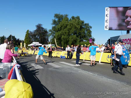 TDF Goodies distributio