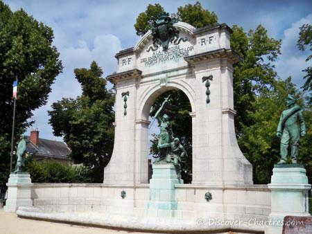 A La Memoire des Enfants d'Eure et Loir Mort pour La Patrie