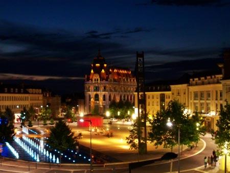 Place des Epars during Chartres en Lumière