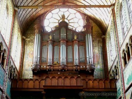 St. Aignan church, Chartres - the pipe organ