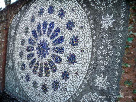 Maison Picassiette - Rose Window